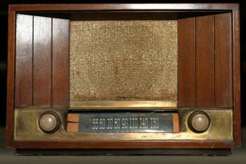 old radio 500x333