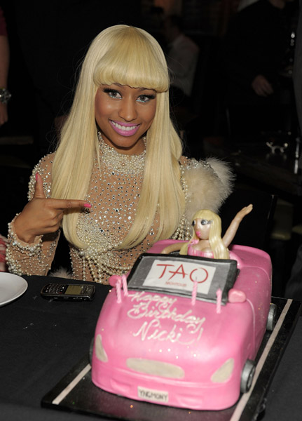 nicki minaj pink friday album pics. Nicki Minaj#39;s debut album Pink