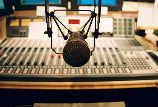 mic studio board
