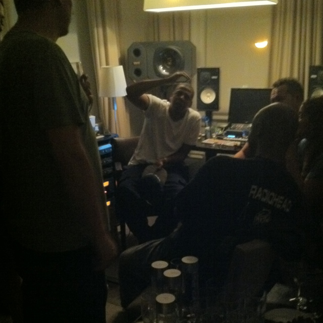 jay z listening session HHNM