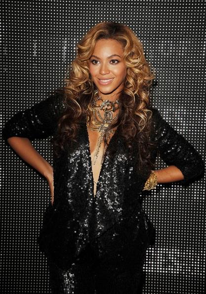 Beyonce LFW1
