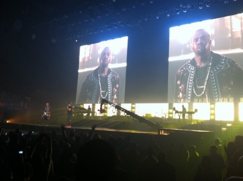 the throne tour 500x373