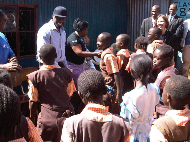 50 cent somalia 6 50 Cent Visits Somalia & Kenya To Donate Meals (Pics)