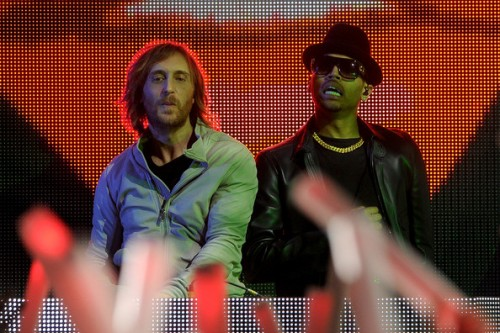 david guetta chris brown 500x333