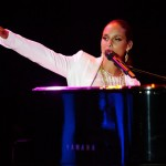 Alicia Keys – 'New Day'