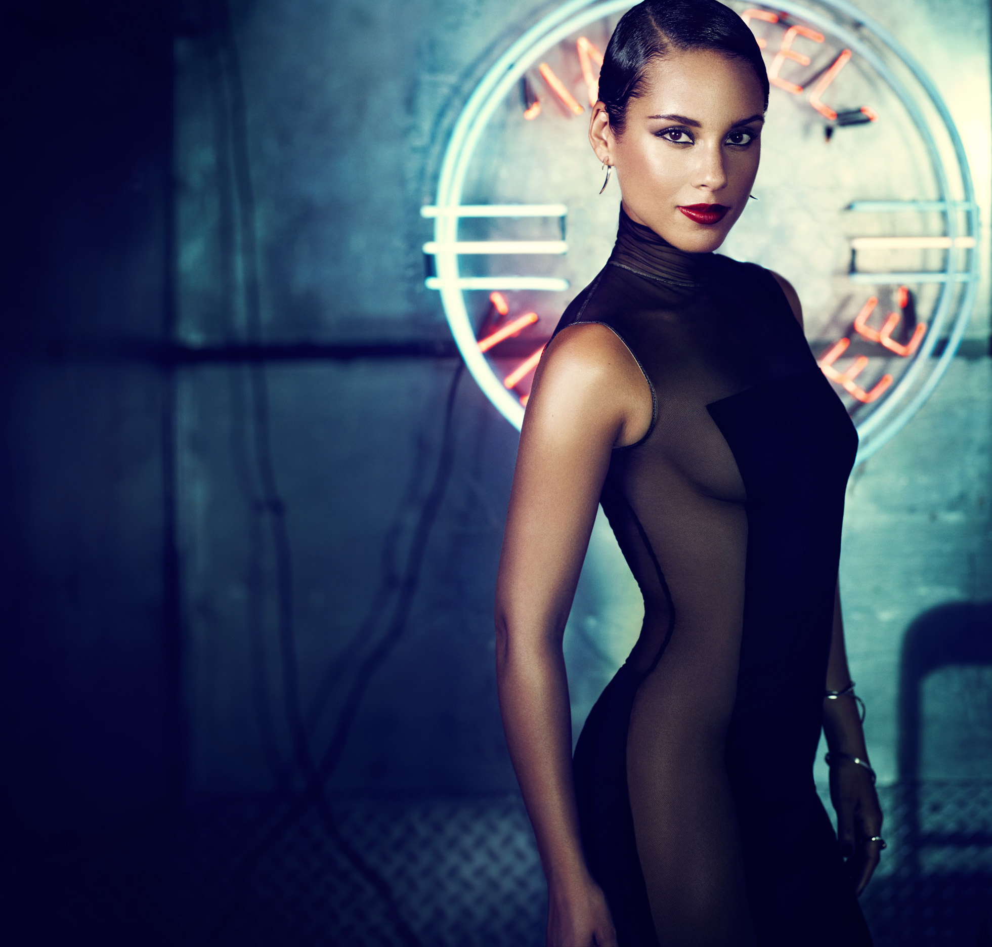 Alicia Keys Girl On Fire.