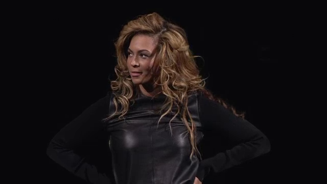http://hiphop-n-more.com/wp-content/uploads/2012/10/beyonce-barclays.png