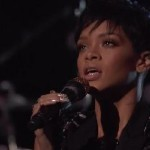 Rihanna Performs 'Diamonds' On The Voice Finale