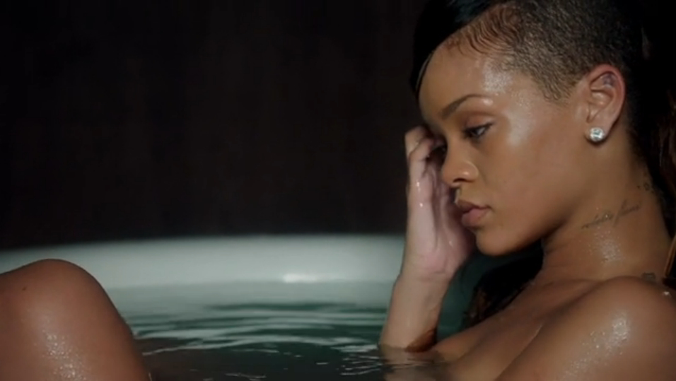 Ri ri keeps things basic yet beautiful for her new video stay