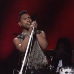 Miguel Performs 'Adorn' & 'How Many Drinks' On Saturday Night Live