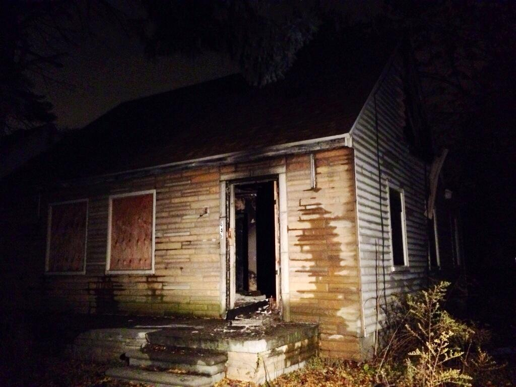 Eminem's Childhood Home As Seen On MMLP2 Cover Damaged By ...