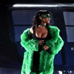 rihanna-performs-bbhmm-iheartradio-music-awards