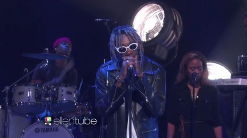 wiz-khalifa-performs-see-you-again-with-charlie-puth-on-the-ellen-show