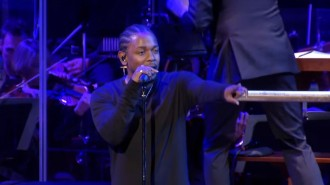 kendrick lamar performs national symphany orchestra