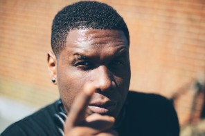 "Jay Electronica Threatens To Smack 50 Cent's ""Eyeballs Out His Head"""