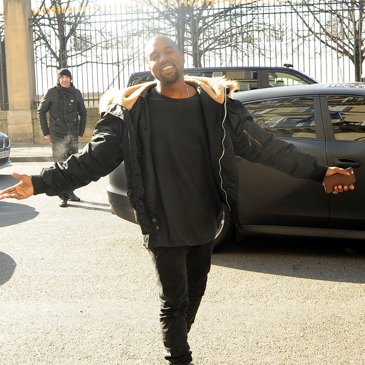 Kanye Tweets Photo Showing Him Illegally Downloading Music Software