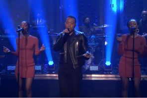 john-legend-performs-penthouse-floow-on-the-tonight-show