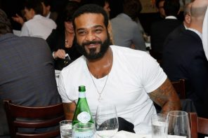 Jim Jones Announces Phone Service Company 'VL Mobile'