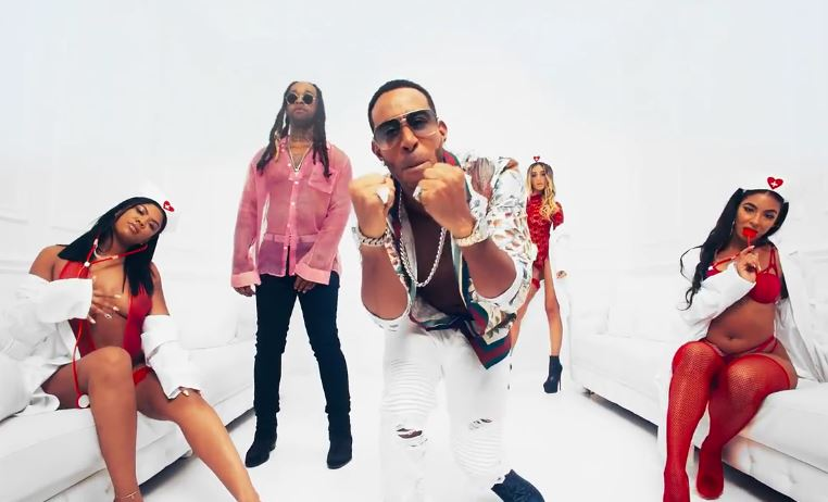 Ludacris sparks sniggers with ludicrously photoshopped abs in music video