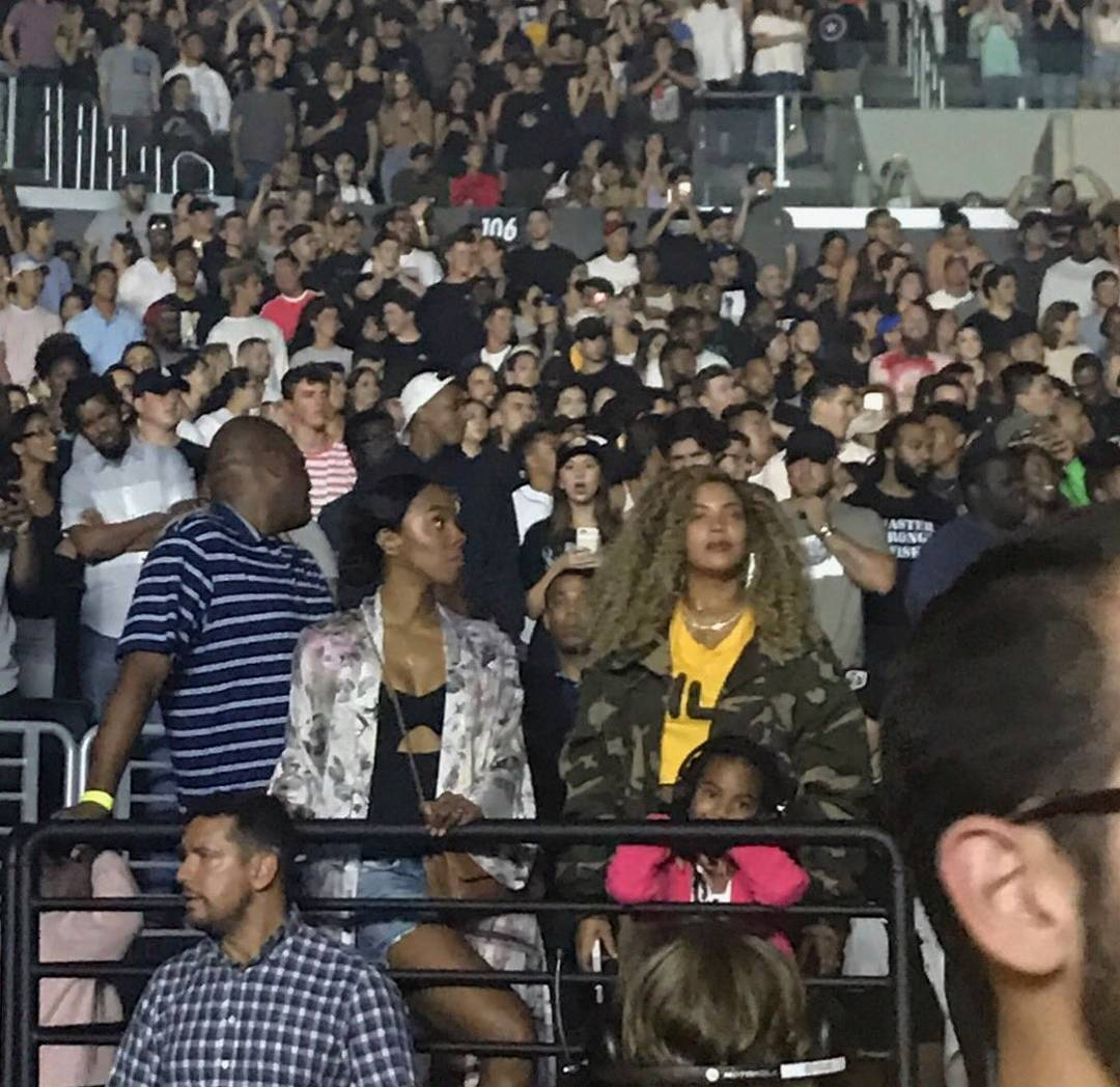 Jay-Z & Beyonce Turn Up At Kendrick Lamar's DAMN Concert in LA