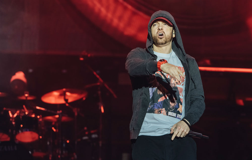 Eminem feat. Beyonce Knowles: 'Walk On Water' Stream, Lyrics & Download