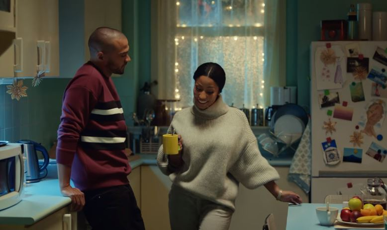 Nicki Minaj Stars in H&M 'A Magical Holiday' Short Film
