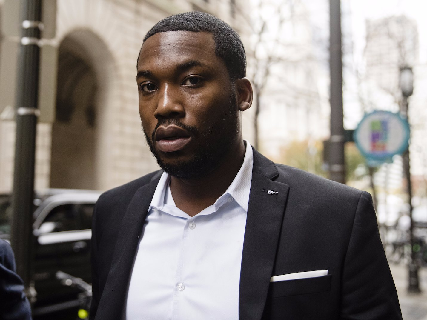 More than 100000 people petition Pennsylvania to free Meek Mill class=