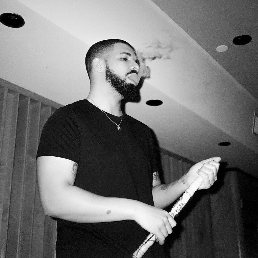 New Drake Song Called 'Pistols' Surfaces Online | HipHop-N-More