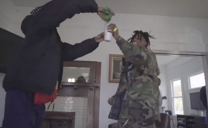 NEW VIDEO: Playboi Carti – 'Looking' (Feat. Lil Uzi Vert)