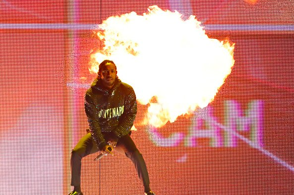 Kendrick Lamar Performs 'FEEL.' & 'New Freezer' at BRITs