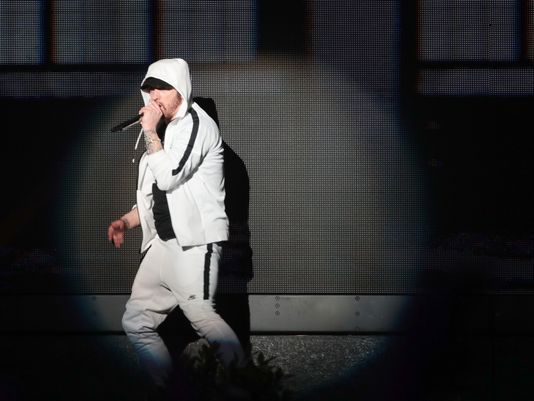 Eminem joined by 50 Cent and Dr. Dre at Coachella