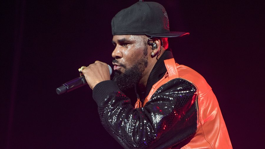 Spotify Pulls R. Kelly's Music From Official Playlists